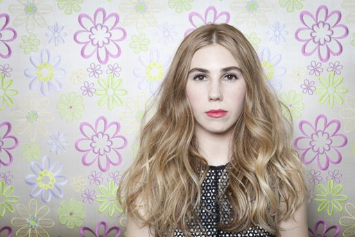 Zosia Mamet - for more on Zosia and the evolution of Shoshanna in season 2, click to read more